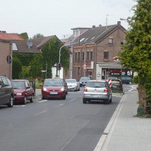 Die Kolpingstraße in Blerichen - ein Nadelöhr