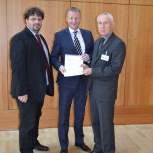NRW-Innenminister Ralf Jäger, Guido van den Berg und Hans Krings