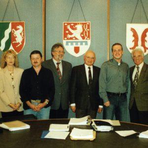 Die SPD-Bedburger trifft sich mit Vertretern der Bürgeriniative und der SPD-Grevenbroich, um über die geplante Pilzsubstratanlage in Neurath zu beraten.
