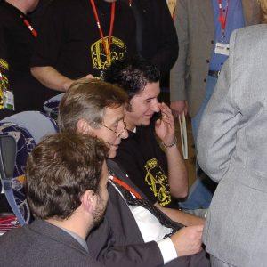 Ministerpräsident Wolfgang Clement informiert sich über den Bedburger Disco-Bus