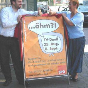 Gabi Frechen und Guido van den Berg bei der Vorstellung des Ähm-Plakates