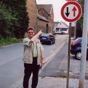 Hermann Sanders am Engpass Kirchherten (Pützer Straße)